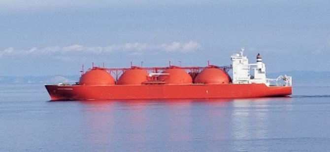 LNG Tankers Divert to China as Winter Demand Spikes