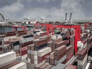 Kalmar Signs Contract with PSA Corporation