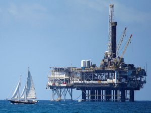 U.S. Senators From 12 States Seek Offshore Drilling Exemptions Like Florida's