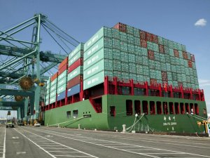 Port of LA Sets New Record with 2017 Container Throughput