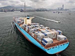 Major Fire on Maersk vessel in Arabian Sea