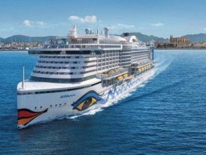 Rotterdam Cruise Season Opens with Arrival of AIDAperla