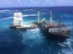 Kea Trader Wreck Hit by Two Cyclones, Causing Shift on Reef