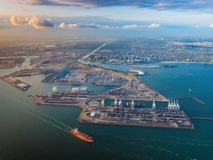 Long Beach Port Launches Zero-Emissions Project