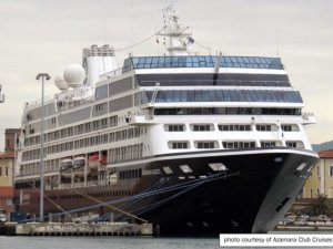 Pilot, Master Miscommunication Led to Cruise Ship Grounding in New Zealand