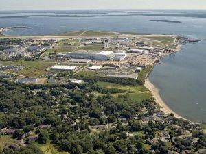 Rhode Island Backs Electric Boat Expansion