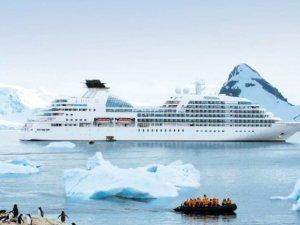 Carnival Cruise Line Unveils Miami Fleet Operations Center