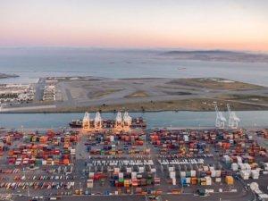 U.S. Judge Blocks Oakland Ban on Coal Export Terminal
