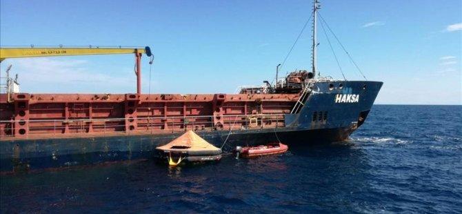 Turkish cargo ship sinking off Croatian coast, all crew rescued