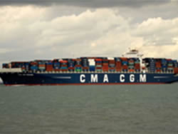 11,400TEU vessel christened