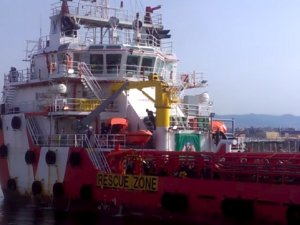 Italy Bars Italian OSV from Port After Migrant Rescue