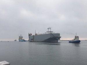 Damaged Car Carrier Makassar Highway Reaches Port in Sweden