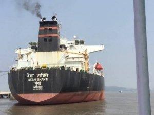 Investigators Examine Tanker Suspected in Hit-and-Run