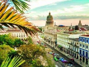 Seabourn Cruises into Cuba in 2019