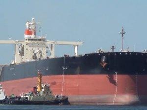 Dock Damage Adds to Venezuela's Oil Export Troubles
