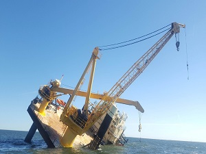 Liftboat Taking on Water in US Gulf