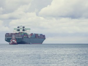 Capital Product Partners' Boxship Starts MSC Charter after Scrubber Refit