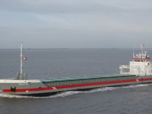 Foremost Grows Fleet with Post-Panamax Newbuild