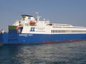 One Killed, Three Injured in Accident on Italian Ro/Ro Ferry