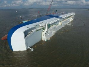 Golden Ray to Be Disassembled in St. Simons Sound