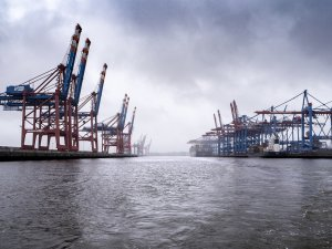 Germany Promotes Shore-Based Power to Cut Emissions in Ports