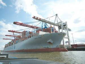 Duisport and COSCO to build largest European hinterland box port