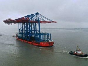 Port of Hamburg Preps for 23,000+ TEU Boxships