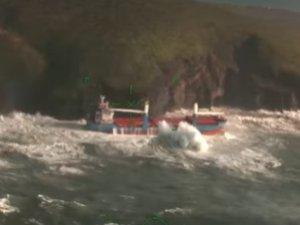Cargo Ship Crashes Into Cliff off Sardinia, Crew Evacuated