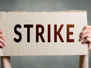 Strikes in France ground ports operations