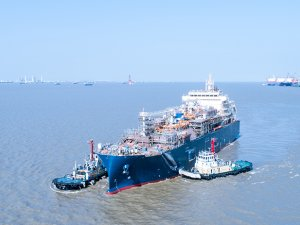 World's Largest LNG Bunker Vessel Aces Sea Trials