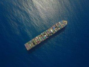 Pirates Fire Upon Boxship off Nigeria