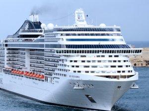 Cruse Liners Dropping Shanghai Sailings over Coronavirus
