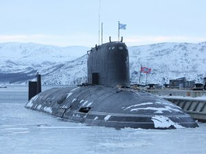 Russian submarines to get unguided shells to break ice