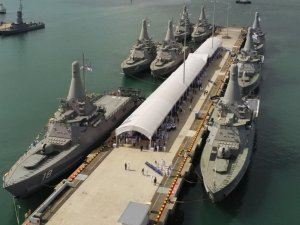 Singapore Navy Commissions Final Three Littoral Mission Vessels