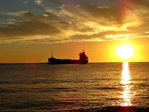 Grindrod Shipping Ups Stake in IVS Bulk JV, Sells Tanker