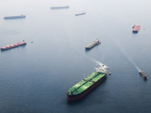Stranded Tankers and Full Storage Tanks: Coronavirus Leads to Crude Glut in China