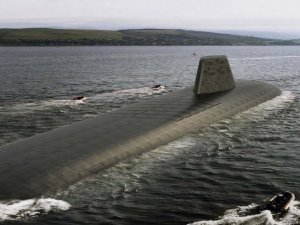Underwater 'eyes and ears' ordered for Royal Navy's Dreadnought submarines