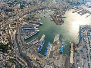 Italian ports are fully operational and ensure safety of persons and goods