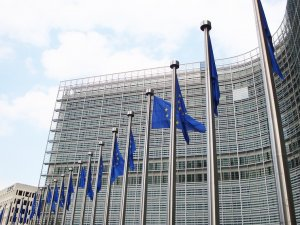 EU Commission Extends Consortia Block Exemption for Liner Shipping
