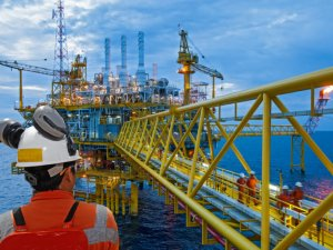 Coronavirus Delaying Safety Work Across Oil and Gas Sector