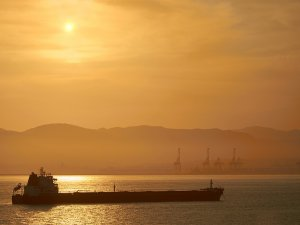 Navios Acquisition unveils sale and leasebacks for tanker quartet