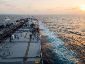 Saudi Crude Flotilla Faces Delays Ahead of U.S. Arrival