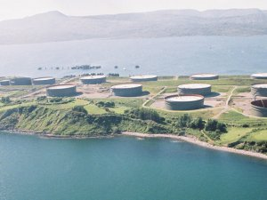 Small Irish Terminal Draws U.S. Oil With Global Storage Filling