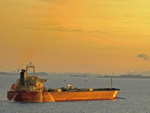 Alaskan, Canadian Crude Sent to China as Demand Recovers