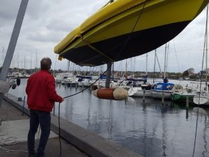World's First Boat With Air-Filled Swinging Bulb Keel Gets Under Way