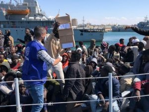 Merchant Vessels Caught in the Middle With Mediterranean Migrants