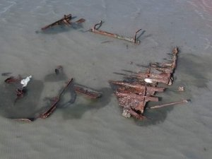 Storm Uncovers Steel-Framed Wreck in Utah's Great Salt Lake