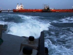 U.S. Sanctions Four Shipping Companies for Transporting Venezuelan Oil