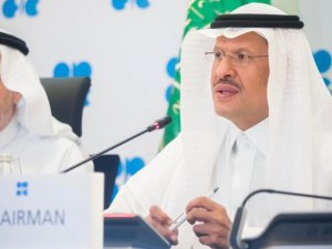 OPEC pushes for full conformity in oil output cuts over next three months