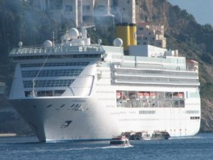 Cruise Industry Downsizing Begins With First Sale of a Ship for Scrap